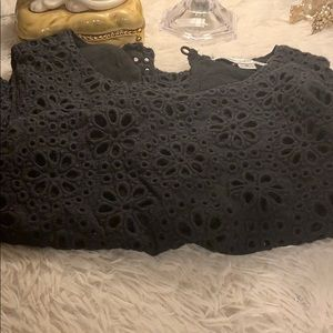 Abercrombie & Fitch Cropped Lace Top